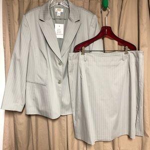 Vintage Talbots 2pc Grey Pinstripe Skirt Suit 18W